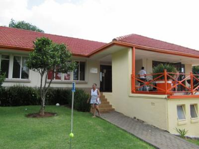 Hostales y Albergues - Umgwezi Lodge and Backpackers Hostel