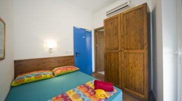 Hostales y Albergues - Marco Polo Hostel