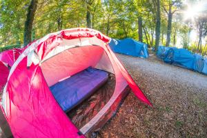 Hostales y Albergues - Valencia All-Inclusive Camping